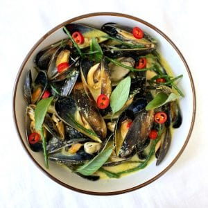 Mae Jum Thai Green Curry with Mussels Recipe